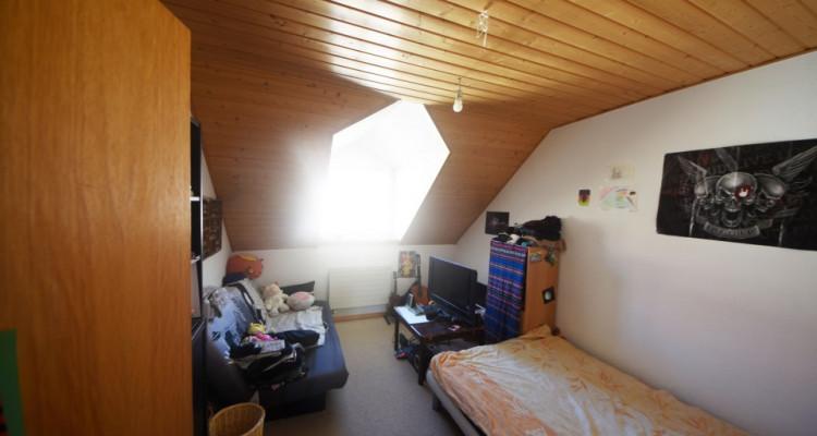 Beau Duplex lumineux de 4.5 pièces avec galerie et galetas image 7