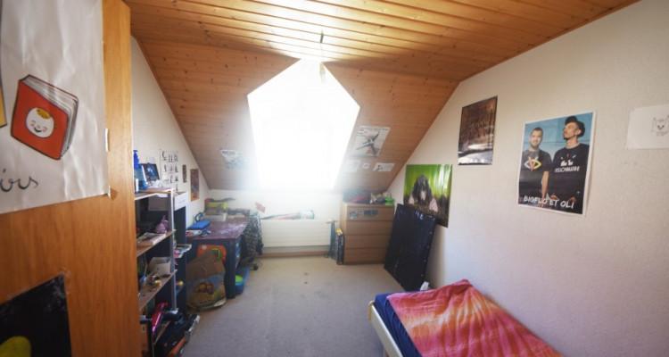 Beau Duplex lumineux de 4.5 pièces avec galerie et galetas image 8