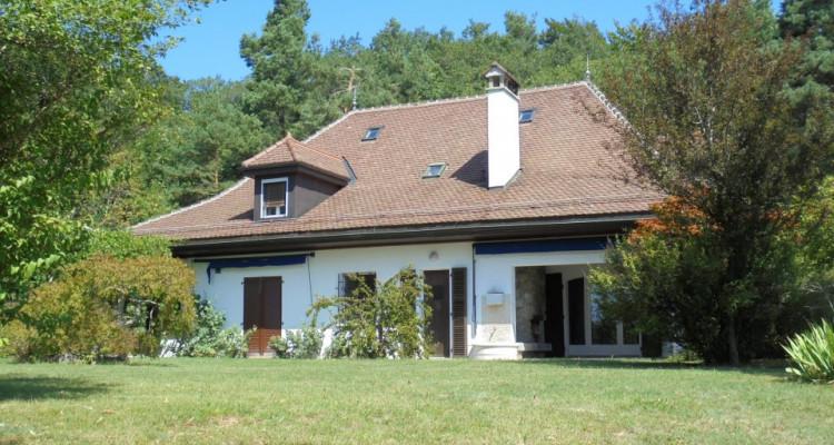 Belle villa de 10 pièces à rénover image 5