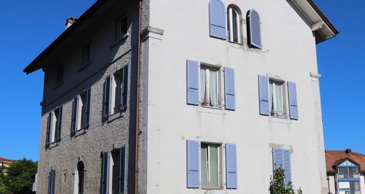 Immeuble de quatre appartements image 2