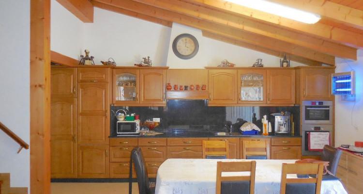 Maison villageoise 6 appts, grange et terrain constructible en sus image 4