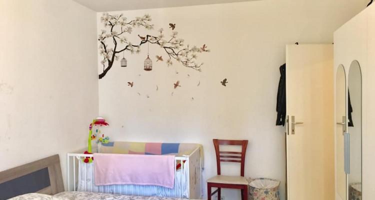 Appartement de 2 pièces aux Eaux-Vives. image 3