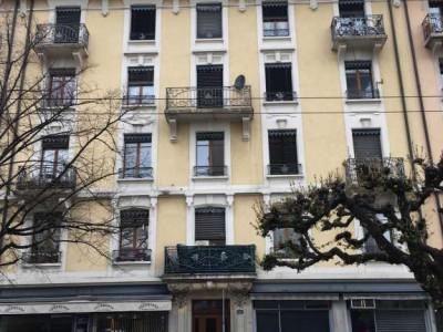 Appartement de 2 pièces situé à Genève.  image 1