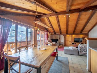 Gryon Immo vous propose un joli appartement 130m2 avec cachet sur la place de la Barboleusaz image 1