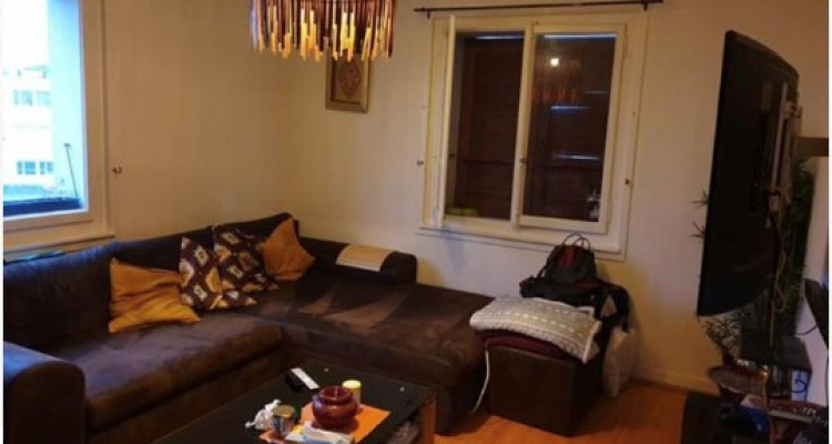 Bel appartement de 3 pièces à Carouge.  image 1