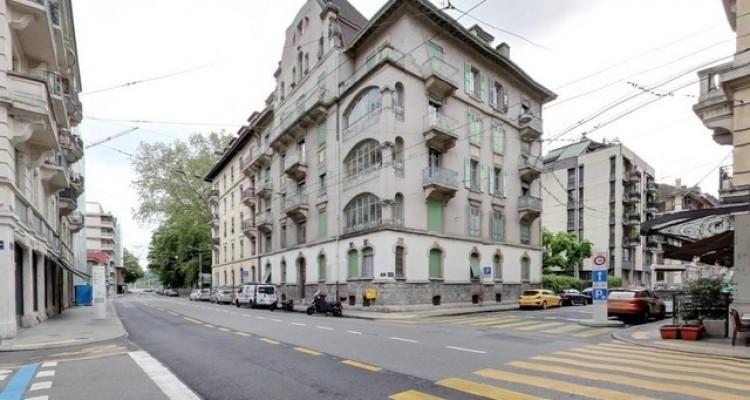 Bel appartement de 3 pièces aux Eaux-Vives. image 1