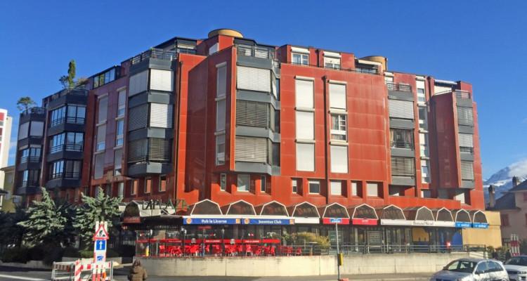 FOTI IMMO - Bel appartement de 5 pièces au coeur de la ville. image 1