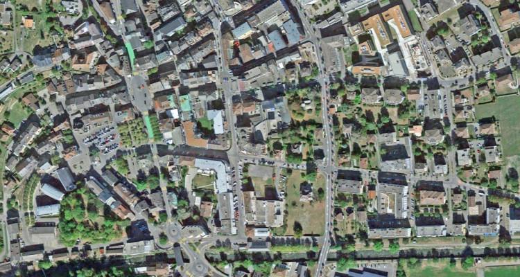 FOTI IMMO - Bel appartement de 5 pièces au coeur de la ville. image 8