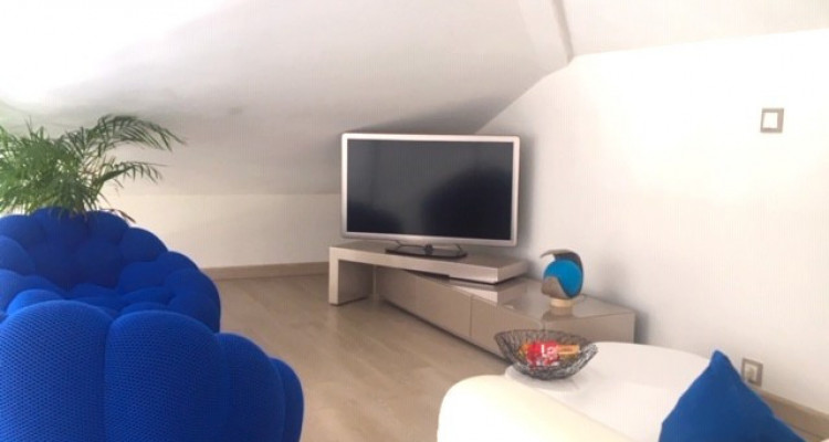 Top floor family apartment with 4 bedrooms, 5min from Geneva image 4