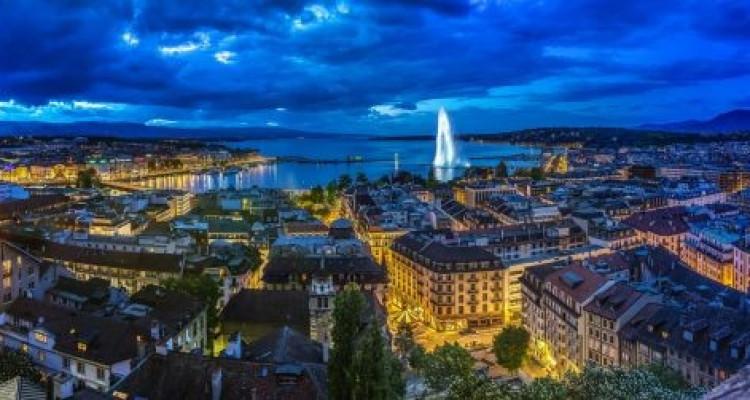Duplex 3.5 pièces au cœur de la Vieille Ville de Genève image 1