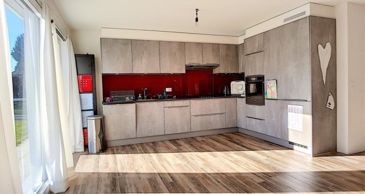 Superbe appartement de plain-pied et son jardin privatif à vendre! image 4
