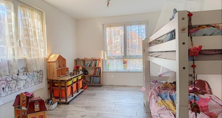 Superbe appartement de plain-pied et son jardin privatif à vendre! image 7