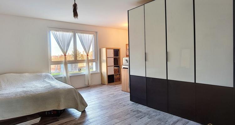 Superbe appartement de plain-pied et son jardin privatif à vendre! image 8