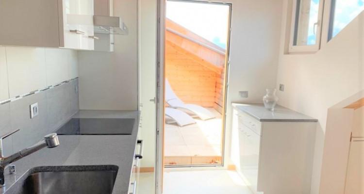 Rare, magnifique appartement à louer de 4 pièces (120 m2) à Territet avec vue imprenable sur le Lac image 4