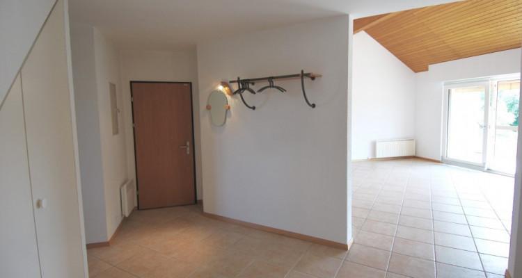 Magnifique attique de 5,5 pièces dans un quartier paisible de Duillier  image 6