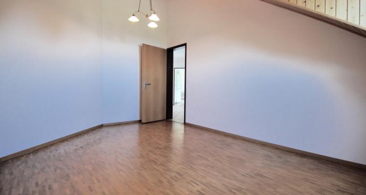 Magnifique attique de 5,5 pièces dans un quartier paisible de Duillier  image 7