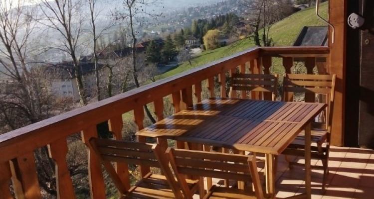 Magnifique 2,5p meublé / 1 chambre / Balcon et vue superbe sur le lac image 1