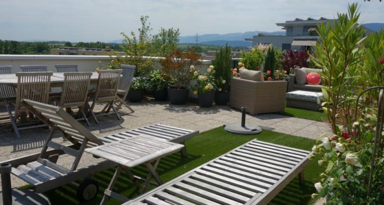 Nyon, magnifique attique avec 175 m2 de terrasse et belle vue image 4