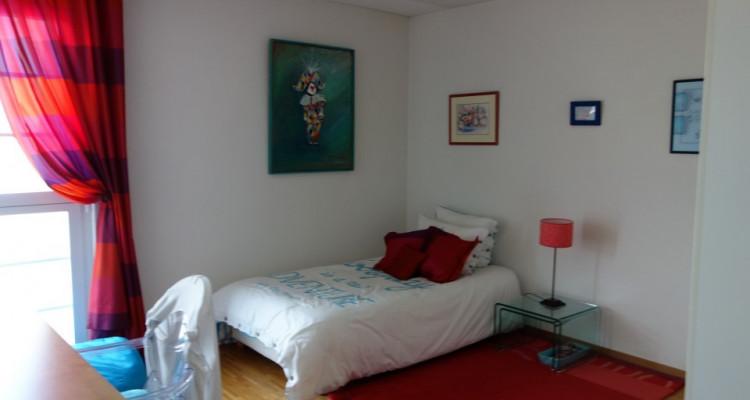 Nyon, magnifique attique avec 175 m2 de terrasse et belle vue image 14