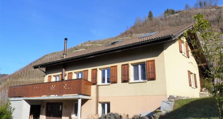 Venez vivre dans cette jolie maison « coup de cœur » située sur la commune de Bex. image 1