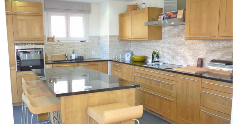 Venez vivre dans cette jolie maison « coup de cœur » située sur la commune de Bex. image 6