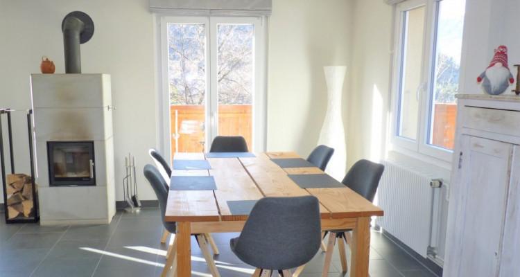 Venez vivre dans cette jolie maison « coup de cœur » située sur la commune de Bex. image 7