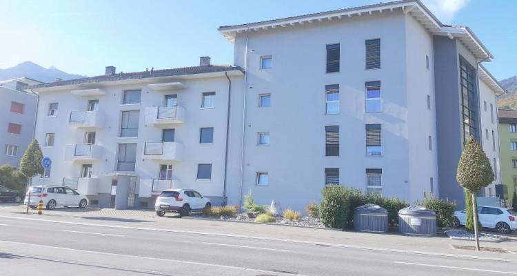 FOTI IMMO - Appartement de 4,5 pièces avec balcon pour investisseur. image 1