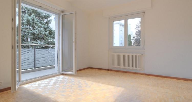 FOTI IMMO - Appartement de 4,5 pièces avec balcon pour investisseur. image 4