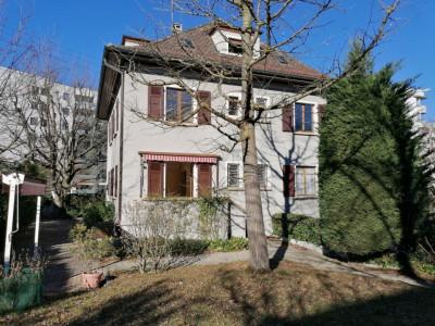 Duplex 6,5 pièces dans une villa     image 1
