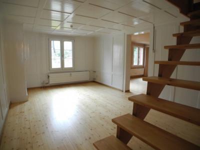 Grosszügige 5.0-Zimmer-Maisonette-Wohnung mit viel Charme image 1