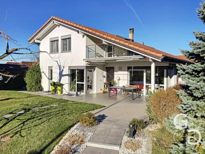 Magnifique villa familiale moderne avec piscine image 1