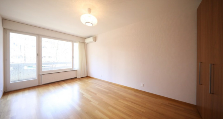 Magnifique appartement / 5p. / terrasse / idéalement placé à Genève image 4