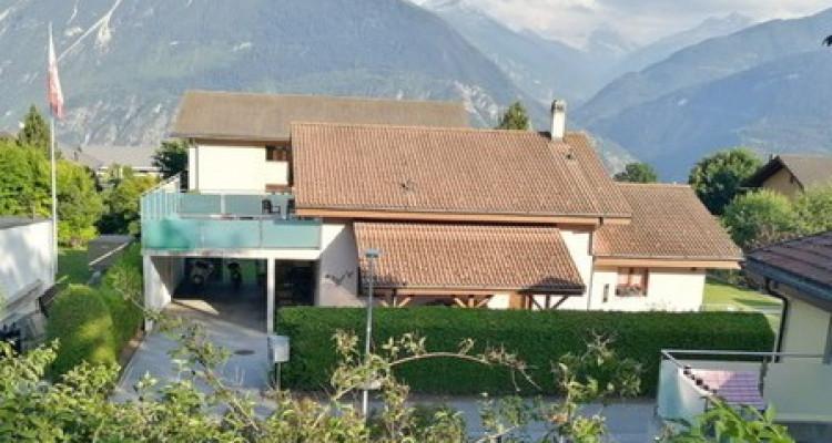 Magnifique maison 5,5 p / 3 chambres / 2 SDB / Jardin avec vue image 1