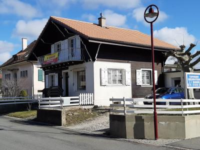 Chalet de 5,5 pièces à rénover situé à Mézières / Vaud image 1