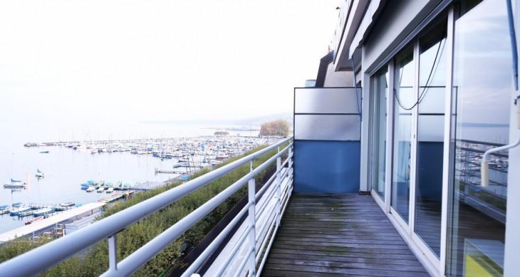 Magnifique attique / balcon vue imprenable sur lac image 6