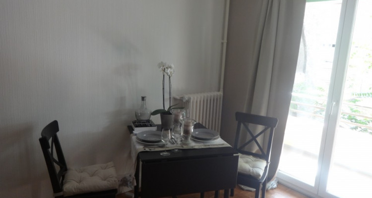 A louer studio meublé image 2
