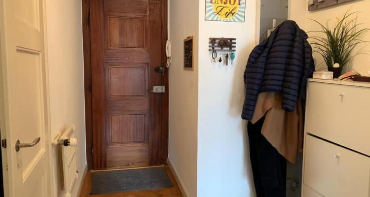 Bel appartement de 2.5 pièces situé à Champel. image 7
