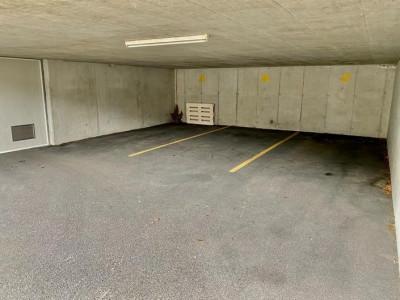 Place de parking extérieures à louer - Route du Marais-Rond 11 image 1