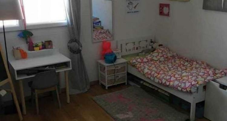 Magnifique attique 4.5 pièces / 3 chambres / Loggia / 2SDB image 9