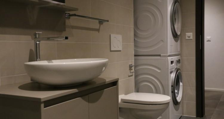 Splendide appartement moderne / 3 chambres / 2 salles deau image 3